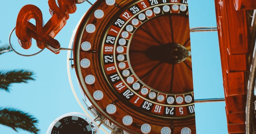 Online Roulette: Martingale Strategy